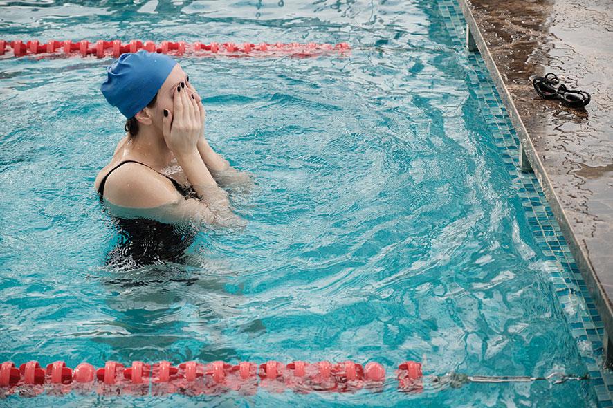 Dites au revoir aux yeux rouges dans la piscine grâce à l'électrolyse au sel