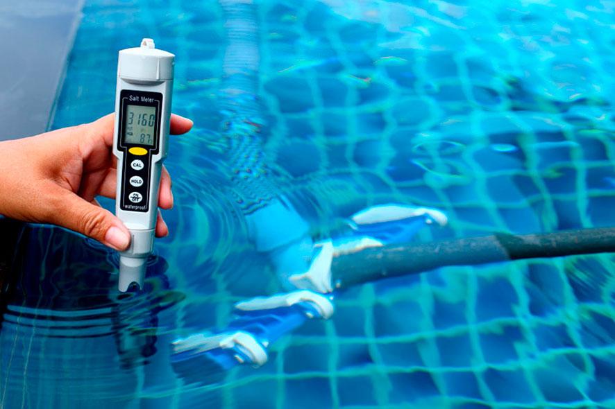 Comment mesurer le taux de sel dans la piscine ?